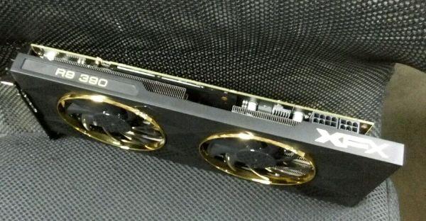 AMD-R9-390-1